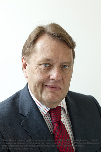 Vorratsdaten gegen Selbstmörder: so verteidigt UK-Sicherheitsminister John Hayes das durchgefallene DRIPA-Gesetz