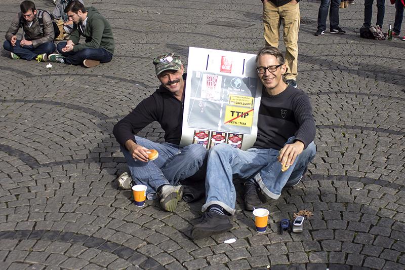 ANTI-TTIP-DEMO - DUESSELDORF - JOERG UNJD FRANK - FOTO be-him CC