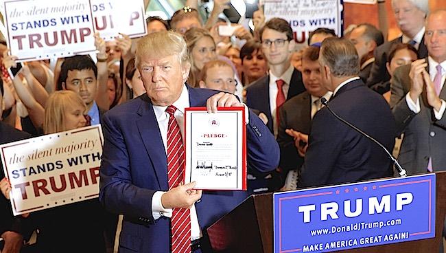 """Der Umfragestar und US-Präsidentenkandidat Donald Trump unterwarf sich am 3. September mit dieser """"Pledge"""" der republikanischen Partei"""
