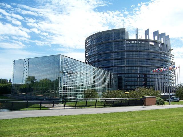 Europaparlament: Netzneutralität weg, Überwachung und Drosselung kommt