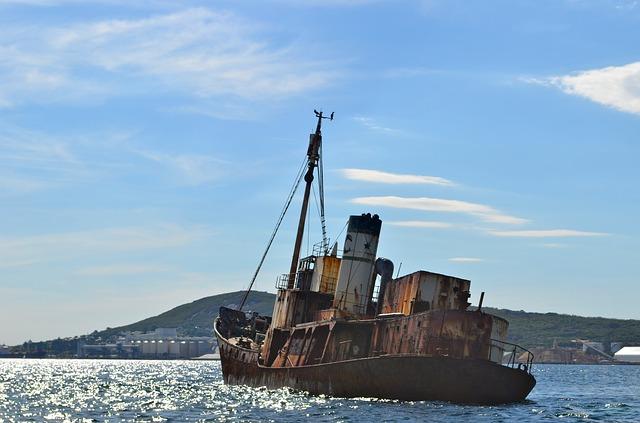 konzept-rostiges-schiff-kahn-boat-846053_640-cc0-pixabay